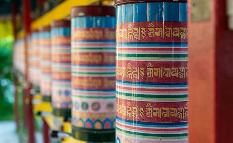 gebedsmolens tibetaans boeddhisme