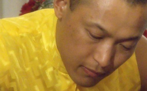 Thumbnail voor Sakyong Mipham treedt terug na beschuldigingen van seksueel misbruik