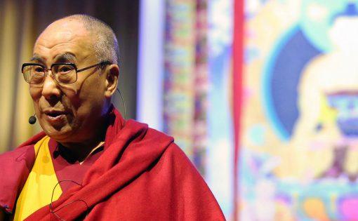 """Thumbnail voor Dalai lama: """"Compassie moet wereldwijd onderdeel worden van het onderwijs"""""""