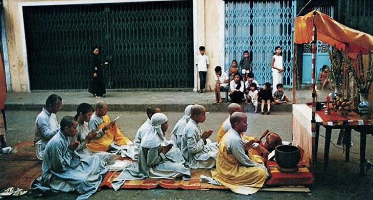 sociaal activisme door boeddhisten in saigon