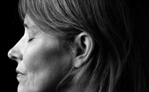 """Thumbnail voor Tjitske Jansen: """"Voor verlichting hoef je niks aan jezelf te veranderen"""""""