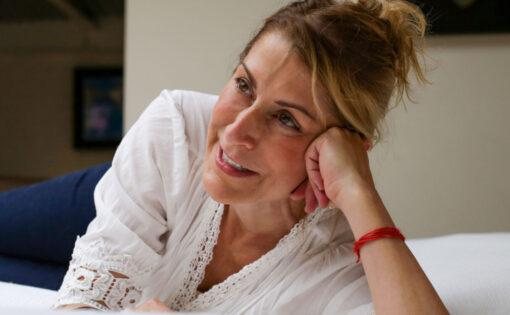 """Thumbnail voor Susan Piver: """"Liefde gaat over meer dan elkaar gelukkig maken"""""""