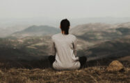 Thumbnail voor Maakt mindfulness sommige mensen minder sociaal?